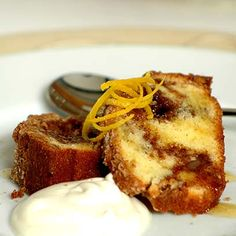 Ina Paarman | Home Cinnamon Cake, Cupcake Cakes, Cupcakes, Pecan, Sour Cream, Cake Recipes, Cooking Recipes, Treats, Dinner