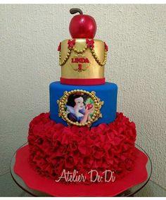 princesa elena Baby Snow White, Snow White Cake, White Birthday Cakes, Snow White Birthday, Beauty And Beast Birthday, Disney Princess Birthday, White Cakes, Disney Cakes, Cupcake Cakes