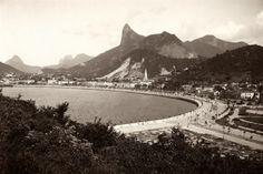 Botafogo - 1903 Corcovado estava na mira dos fotógrafos já antes da construção do Cristo Redentor  (Marc Ferrez/ Coleção Gilberto Ferrez/ IMS)