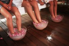 Spa Birthday Party Ideas : Spa Birthday Party Ideas For 10 Year Olds. Spa birthday party ideas for 10 year olds. Spa Day Party, Girl Spa Party, Pamper Party, 13th Birthday Parties, 10th Birthday, Birthday Ideas, Birthday Games, Birthday Wishes, Girl Sleepover
