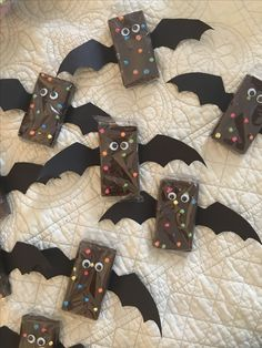 Made using cardboard paper, Little Debbie cosmic brownies, and googly eyes. All supplies found at Target. Costume Halloween, Halloween Crafts For Kids, Halloween Food For Party, Halloween Birthday, Halloween Activities, Diy Halloween Decorations, Cute Halloween, Holidays Halloween, Halloween Games