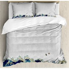 East Urban Home Wave Aquatic Swirls Flying Birds of Ocean Ukiyo-e Style Artwork Grunge Print Duvet Set Size: