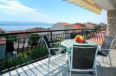 Holiday accommodation in Bol - An apartments with a view: Apartment Diana 3 - Bol - Island of Brač - Croatia - Adria Tours Bol