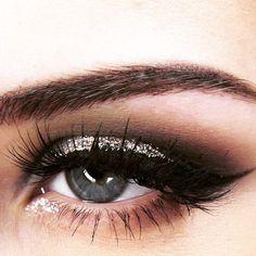 lux lashes.