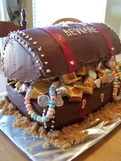 Treasure Chest Cake