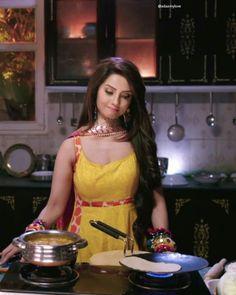 Most Beautiful Bollywood Actress, Beautiful Indian Actress, Beautiful Actresses, Female Actresses, Indian Actresses, Ada Khan, Rajasthani Dress, Stylish Girl Images, Cute Girl Photo