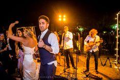 Live Music | Napa Valley Wedding | Wedding Photography at Brix Restaurant and Gardens | Vineyard Wedding | Christophe Genty Photography