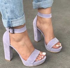 high heels – High Heels Daily Heels, stilettos and women's Shoes Fancy Shoes, Pretty Shoes, Beautiful Shoes, Heeled Boots, Shoe Boots, Shoes Heels, Heeled Sandals, Shoes Sneakers, Aesthetic Shoes