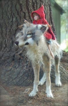 HAND FELTED WOLF & LITTLE RED RED RIDING HOOD