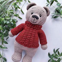 Crochet Teddy Bear Pattern, Crochet Amigurumi Free Patterns, Crochet Animal Patterns, Crochet Art, Stuffed Animal Patterns, Crochet Animals, Crochet Dolls, Free Crochet, Amigurumi Doll
