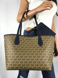 043108c8bf08 New michael kors candy signature large reversible tote bag brown navy blue
