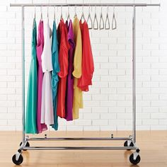 The Container Store > Commercial Garment Rack organisieren jacke. The Container Store> Commercial Garment Rack organize jacket . The Container Store> Commercial Garment Rack organize jackets Deco Design, Design Moderne, Bedroom Wardrobe, Wardrobe Rack, Commercial Clothing Racks, Cleaning Out Closet, 1 Bedroom Apartment, Apartment Ideas, Garment Racks