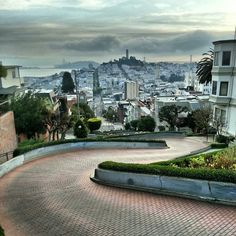 Lombard Street - Russian Hill - San Francisco, CA San Francisco Cable Car, San Francisco Travel, Russian Hill San Francisco, Places In San Francisco, San Francisco Neighborhoods, Lombard Street, Where To Go, Great Places