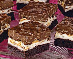 Brownie Mallow Bars Recipe - http://www.allbakingrecipes.com/recipes/brownie-mallow-bars-recipe/