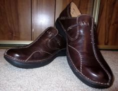 Woman's Clarks Unstructured Loop Brown Slip On Leather Shoes Size 6M 6 Medium