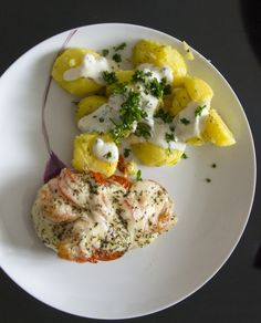 Tomato mozzarela chicken and potatoes with dressing