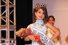 Luisana García (Apure) fue «Niña Model Venezuela Turismo 2014» el 30 de abril en el Centro Bellas Artes