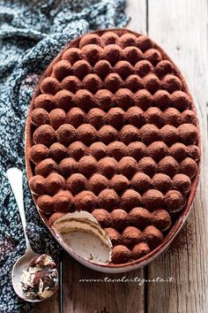 Tiramisù -- the recipe for this is in Italian. Pinned for the beautiful construction of the dessert.