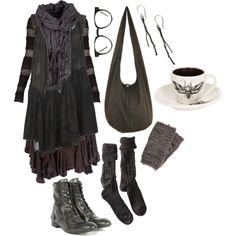 """""""Wood witch No. 5 – wishing for winter"""" Ooooo, pretty! I would want slightly different pieces, but with all those accessories! =D"""