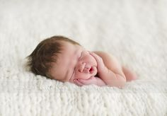 http://www.heidihope.com/blog/wp-content/uploads/2012/01/newborn_photographer_50.jpg
