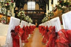 Middle Temple & garden - Middle Temple Hall wedding venue in London, Greater London. Surrounded by a beautiful landscaped garden overlooking the Thames, it is the perfect place to host a reception, dinner, wedding ceremony and reception. (LW11-1)