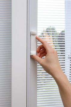 Insulated Internal Mini Blind Units For Entry Door Systems Internal