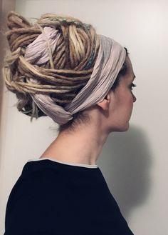 Dreadlock Styles, Dreads Styles, Curly Hair Styles, Natural Hair Styles, Pelo Rasta, Rasta Hair, Dreadlocks Girl, Blonde Dreads, Dreadlock Hairstyles