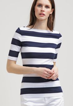 que es un personal shopper - camiseta navy ralph laurent