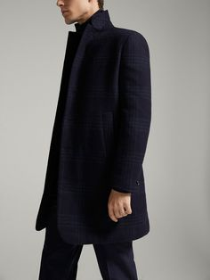 Fall Winter 2017 Men´s SLIM FIT CHECKED WOOL FULL CANVAS COAT at Massimo Dutti for 699. Effortless elegance!