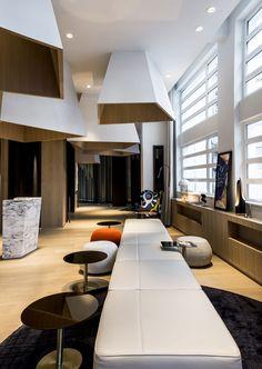 Le cinq codet nouvel hôtel à Paris http://www.vogue.fr/voyages/hot-spots/diaporama/les-nouveaux-htels-paris/18807/carrousel/1/plein-ecran#henriette-rive-gauche-nouvel-htel-paris