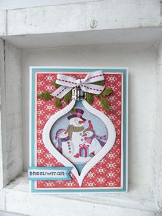 * Christmas card by DT member Jolanda with Collectables Christmas Bauble (COL1361) by Marianne Design
