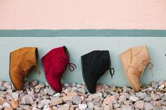 These are the MUST HAVE wedges for Fall! COLORS: Black Tan Grey Beige Burgundy Taupe Khaki These have been running TRUE TO SIZE Made with a suede material. Grey And Beige, Taupe, Fall Wedges, 2 Inch Heels, Must Haves, Burgundy, How Are You Feeling, Colors