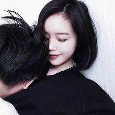 彼氏からやたらと頬を触られたり、ギュッと抱きしめられたり、ただのスキンシップのようにも思えますが、ただそれだけのものではないのです!その行動に、彼の心理が隠されています。彼の行動に隠された心理を知り、彼との仲をもっと深めてください♡