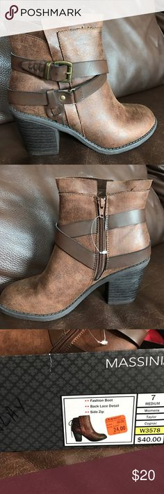 NWT ankle boots Brown NWT ankle boots. Never worn. Massini Shoes Ankle Boots & Booties