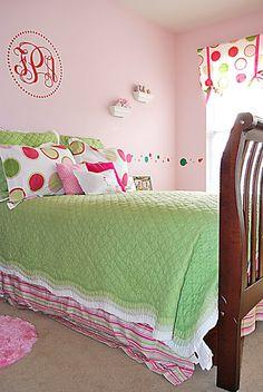 Tween Bedroom With Polka Dot Walls! – Remodelaholic