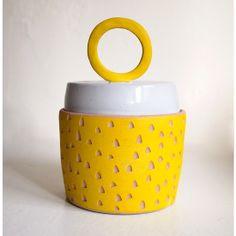 Yellow Carved Container w/Big O Handle #jeneceramics #madeinla #jenkuroki