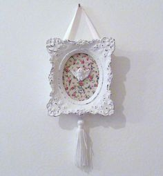Quadrinho anjinho                                                                                                                                                                                 Mais Dyi Crafts, Frame Crafts, Arts And Crafts, Shabby Chic Crafts, Shabby Chic Decor, Diy Shadow Box, Diy Artwork, Ideias Diy, Ideas Geniales