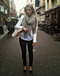 Gray scarf, white sweater, black pants and nudes street style combination