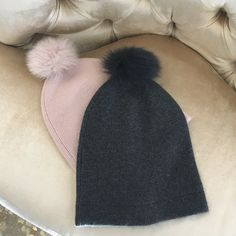 Susanloveswilliam.com - Beautiful cashmere hats for this holiday season. Great gifts ideas