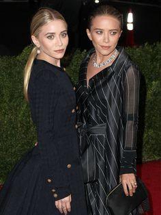 Les sœurs Olsen posent pour une photo... ah non pardon, une vidéo
