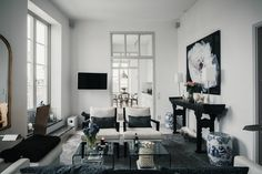 Decorating with black and white takes special planning and a unique vision. Though these two colors easily complement each other, what makes a workable contrast are patterns, textures, and finishes....