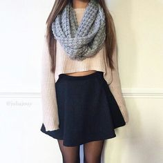 See our simplistic, cozy & simply neat Casual Fall Outfit inspiring ideas. Get encouraged with these weekend-readycasual looks by pinning your most favorite looks. casual fall outfits for work Cute Fashion, Teen Fashion, Fashion Outfits, Fashion Trends, Womens Fashion, Fashion 2018, Fashion Ideas, Young Fashion, Fashion Black