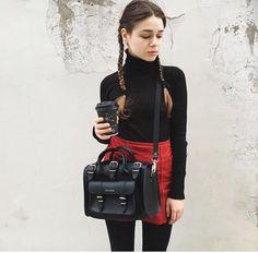 Black & Red www.grafea.com #moda #derisırtçanta #blog #tarz