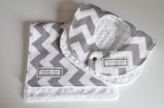 Baby Bib and Burp Cloth, Chevron gray