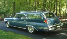 1961 CHRYSLER TOWN & COUNTRY