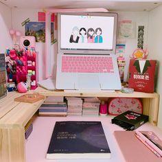 Study Room Decor, Study Rooms, Teen Room Decor, Bedroom Decor, Study Desk, Study Space, Otaku Room, Kawaii Room, Desk Inspiration