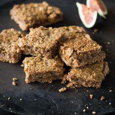 Naschen mit gutem Gewissen macht gleich doppelt so viel Spaß. Ohne Zucker, ohne Mehl, vegan und richtig lecker - die Kekse sind der ideale Snack to go.