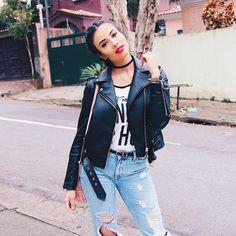 Look of the day 💖✨ - Look do dia com essa jaqueta linda da @zara__brasil 😍❤️ . . . . . . #lookbook #lookdodia #lookoftheday #lookdathalita #look #ootd #outfit #outfitoftheday #fashion #jacket #jeans