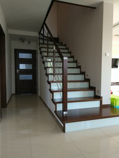 Staircase Design, Apartment Living, Home Organization, Stairs, House, Home Decor, Modern Stairs, Houses, Trendy Tree