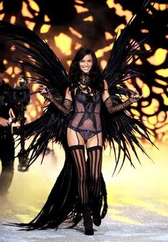 Adriana Lima rocking the lace lingerie ♡ #topshoppromqueen